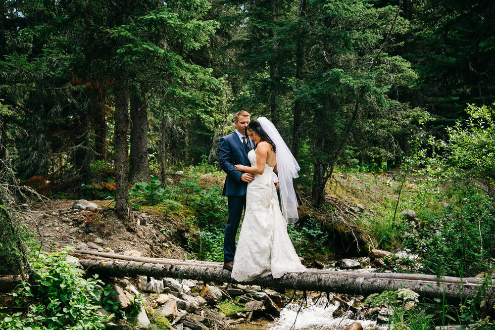 castle-mountain-wedding-photographer-love-and-be-loved-photography-jeremy-kristen-photo-image-picture-143.jpg