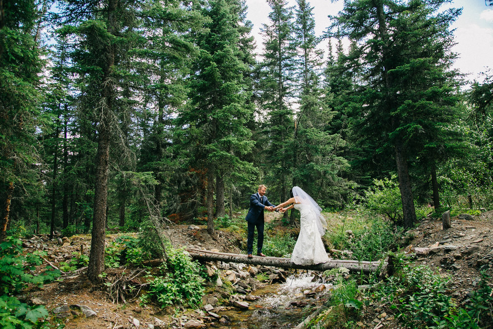 castle-mountain-wedding-photographer-love-and-be-loved-photography-jeremy-kristen-photo-image-picture-142.jpg