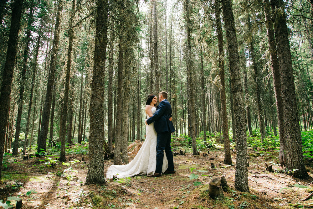 castle-mountain-wedding-photographer-love-and-be-loved-photography-jeremy-kristen-photo-image-picture-152.jpg