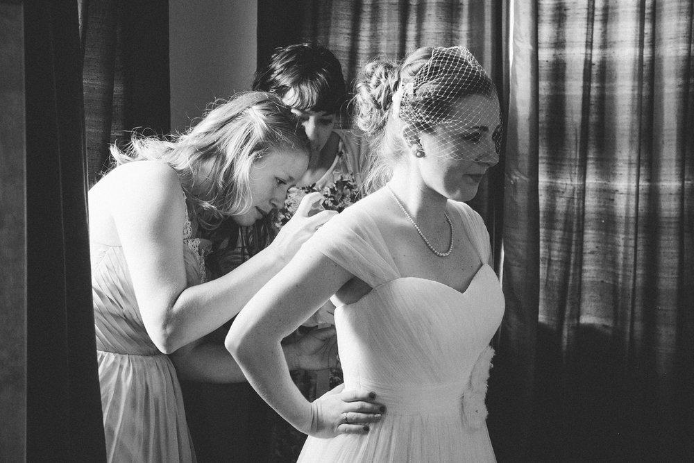 okotoks-wedding-photographer-love-and-be-loved-photography-sara-luke-backyard-ceremony-photo-image-picture-46.jpg