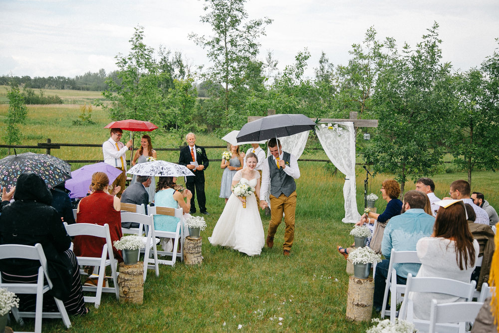 okotoks-wedding-photographer-love-and-be-loved-photography-sara-luke-backyard-ceremony-photo-image-picture-107.jpg