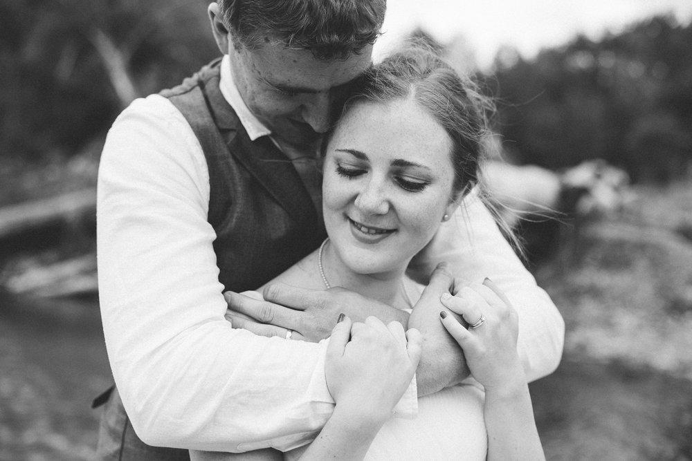 okotoks-wedding-photographer-love-and-be-loved-photography-sara-luke-backyard-ceremony-photo-image-picture-230.jpg