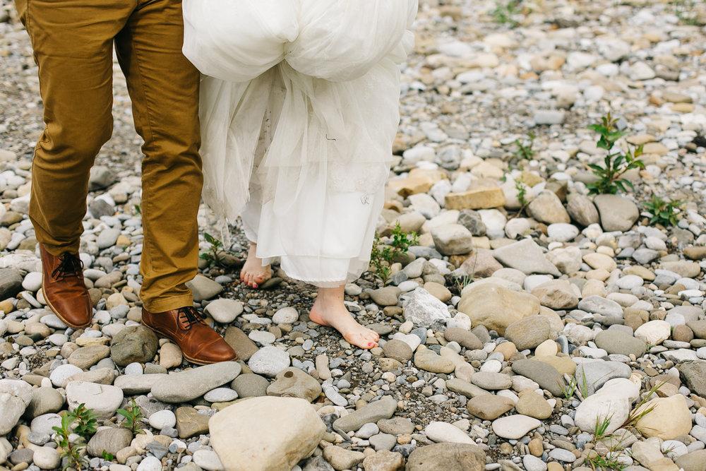 okotoks-wedding-photographer-love-and-be-loved-photography-sara-luke-backyard-ceremony-photo-image-picture-232.jpg