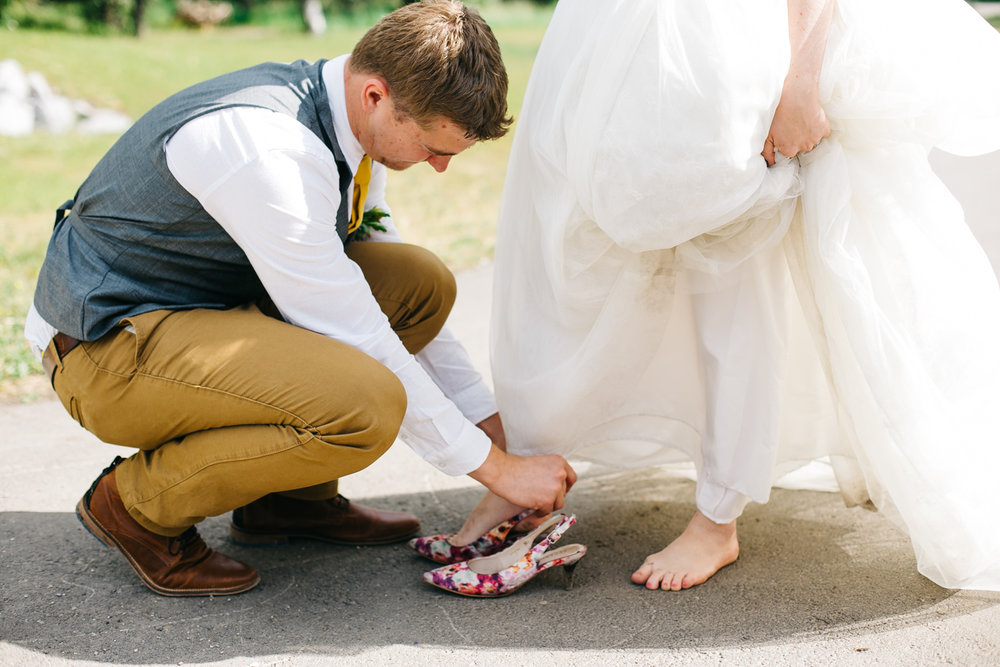okotoks-wedding-photographer-love-and-be-loved-photography-sara-luke-backyard-ceremony-photo-image-picture-233.jpg