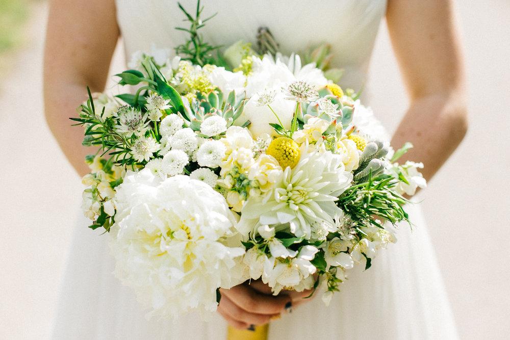 okotoks-wedding-photographer-love-and-be-loved-photography-sara-luke-backyard-ceremony-photo-image-picture-235.jpg