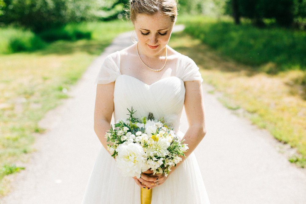 okotoks-wedding-photographer-love-and-be-loved-photography-sara-luke-backyard-ceremony-photo-image-picture-236.jpg