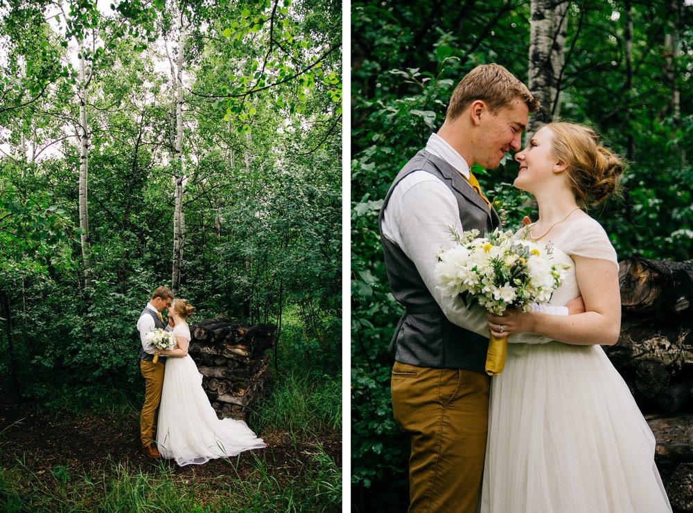 okotoks-wedding-photographer-love-and-be-loved-photography-sara-luke-backyard-ceremony-photo-image-picture-250.jpg