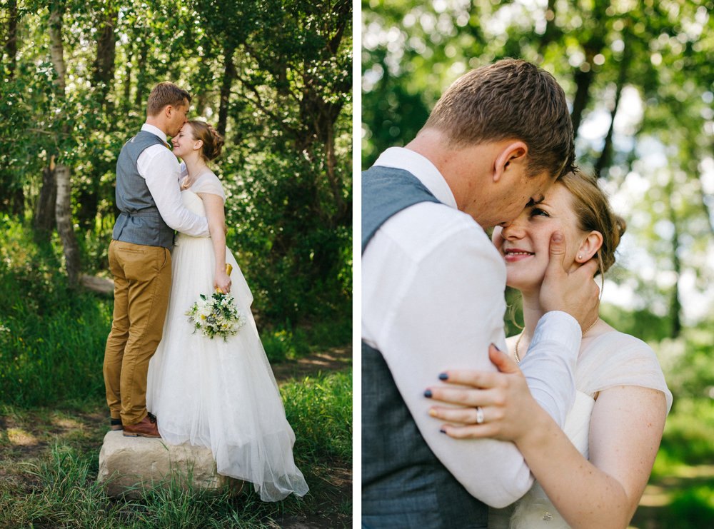 okotoks-wedding-photographer-love-and-be-loved-photography-sara-luke-backyard-ceremony-photo-image-picture-259.jpg