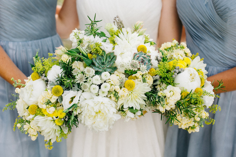 okotoks-wedding-photographer-love-and-be-loved-photography-sara-luke-backyard-ceremony-photo-image-picture-305.jpg