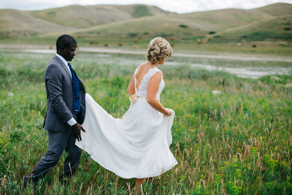 lethbridge-photographer-love-and-bel-loved-photography-backyard-farm-wedding-louis-jodie-photo-image-picture-107.jpg