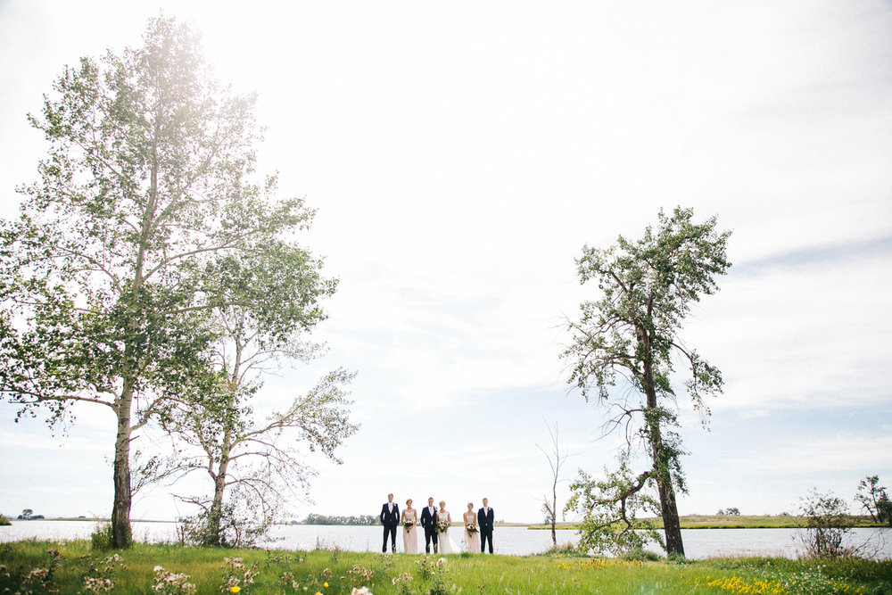 lethbridge-wedding-photographer-love-and-be-loved-photography-park-lake-portraits-jodi-jonny-image-picture-photo-5.jpg