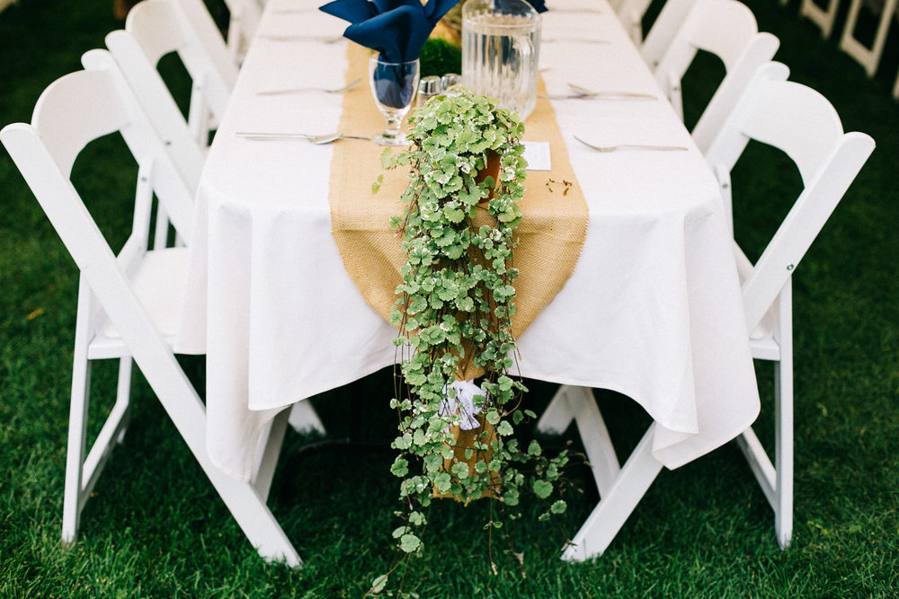lethbridge-photographer-love-and-be-loved-photography-backyard-wedding-picture-iamge-photo-11.jpg