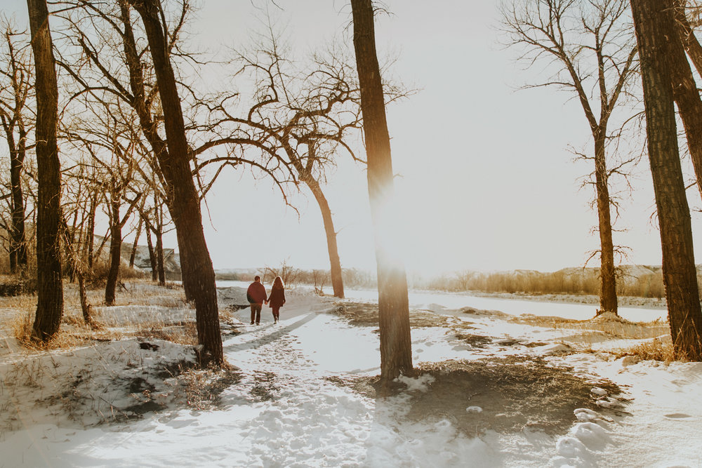 lethbridge-photography-love-and-be-loved-photographer-dan-tynnea-engagement-picture-image-photo-36.jpg
