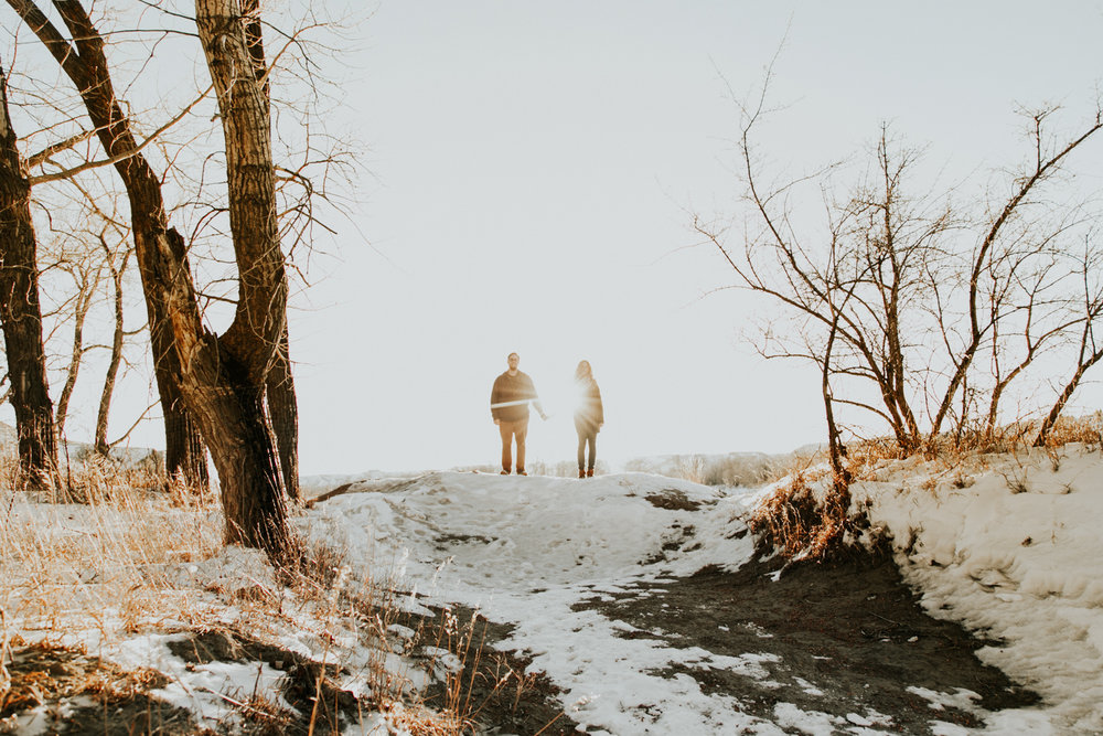 lethbridge-photography-love-and-be-loved-photographer-dan-tynnea-engagement-picture-image-photo-37.jpg