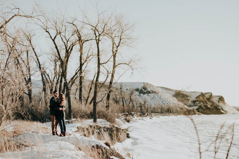 lethbridge-photography-love-and-be-loved-photographer-dan-tynnea-engagement-picture-image-photo-38.jpg