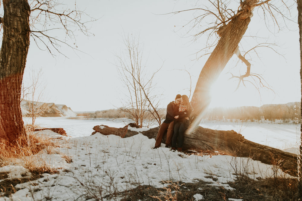 lethbridge-photography-love-and-be-loved-photographer-dan-tynnea-engagement-picture-image-photo-43.jpg