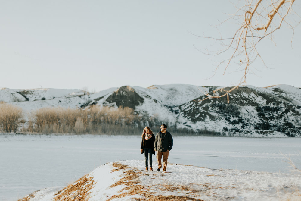 lethbridge-photography-love-and-be-loved-photographer-dan-tynnea-engagement-picture-image-photo-54.jpg