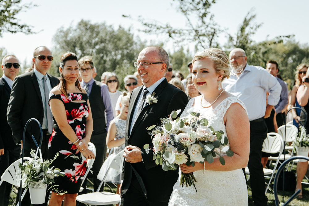 red-deer-wedding-photographer-love-and-be-loved-photography-emily-gab-photo-image-picture-70.jpg