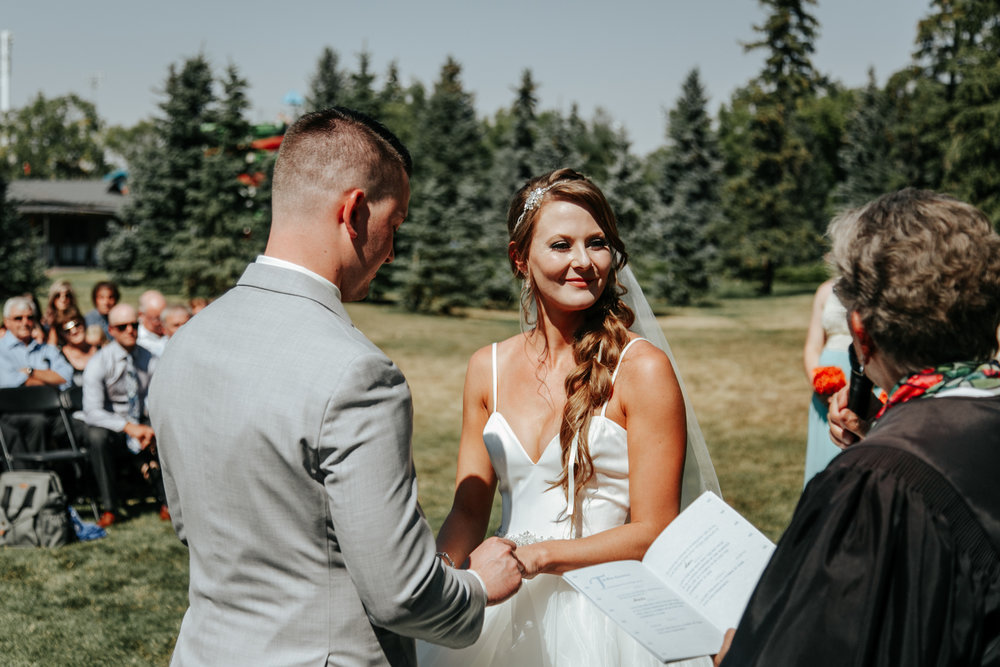 lethbridge-wedding-photography-love-and-be-loved-photographer-sean-sharla-henderson-lake-wedding-image-picture-photo-40.jpg