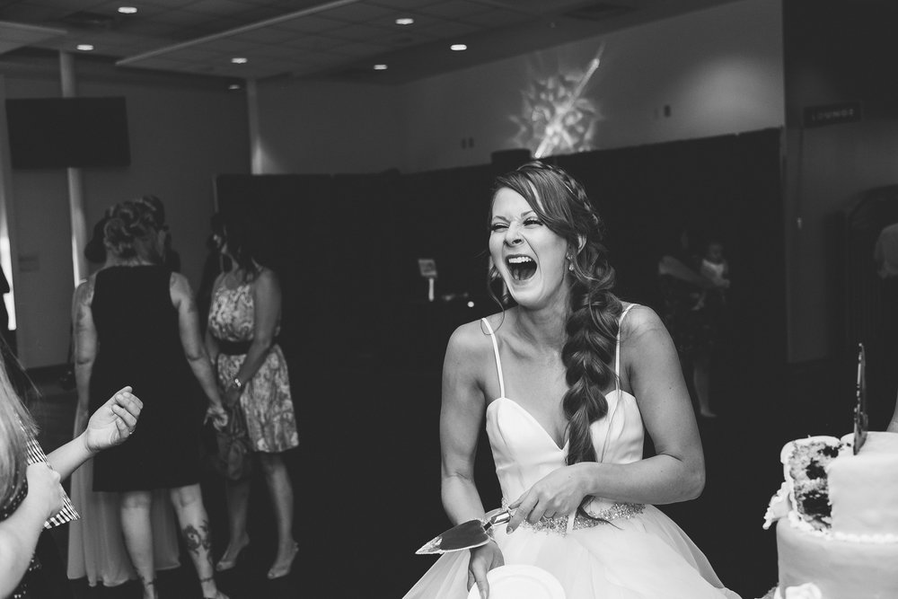 lethbridge-wedding-photography-love-and-be-loved-photographer-sean-sharla-henderson-lake-wedding-image-picture-photo-185.jpg
