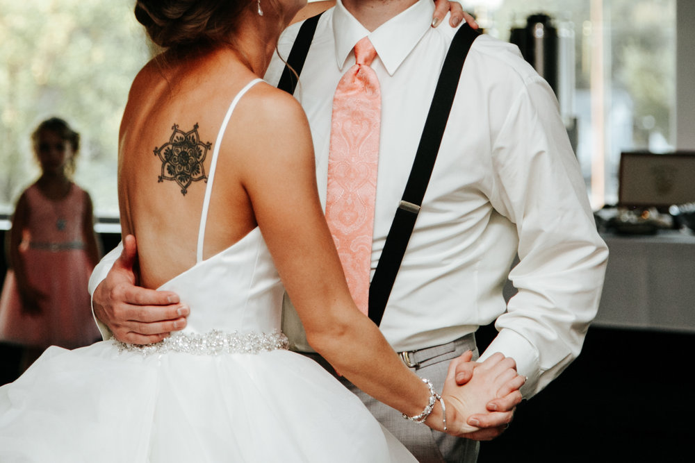 lethbridge-wedding-photography-love-and-be-loved-photographer-sean-sharla-henderson-lake-wedding-image-picture-photo-188.jpg