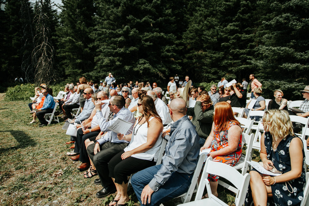 castle-mountain-wedding-photographer-love-and-be-loved-photography-lethbridge-pincher-creek-crowsnest-pass-yannick-rylee-photo-image-picture-59.jpg