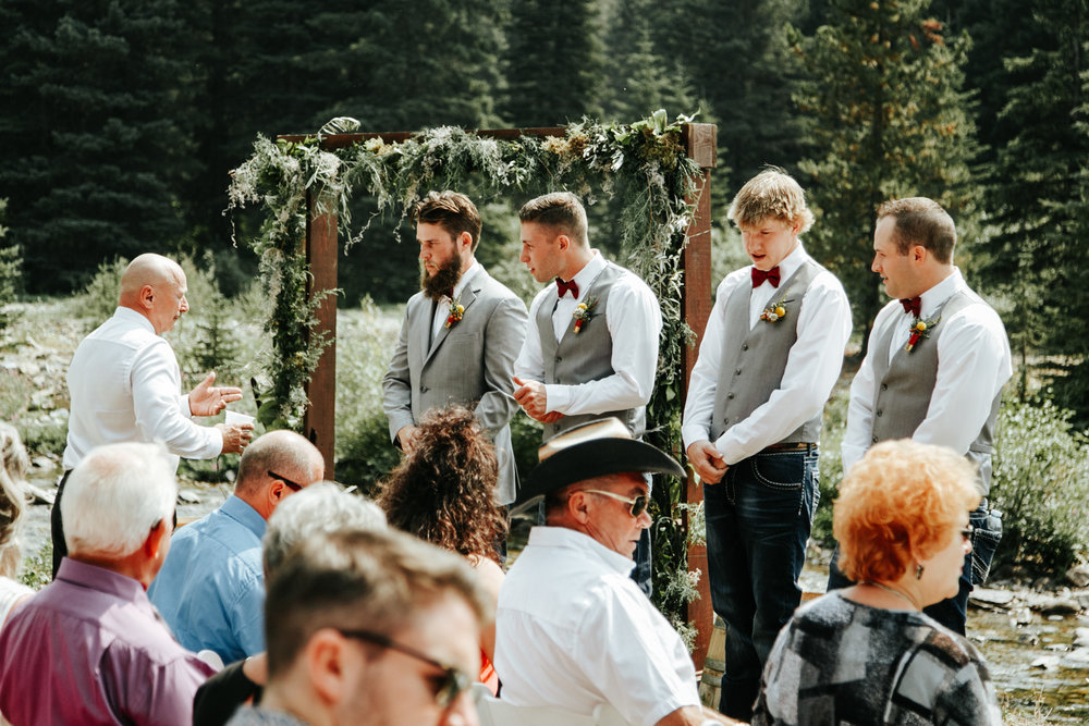 castle-mountain-wedding-photographer-love-and-be-loved-photography-lethbridge-pincher-creek-crowsnest-pass-yannick-rylee-photo-image-picture-62.jpg