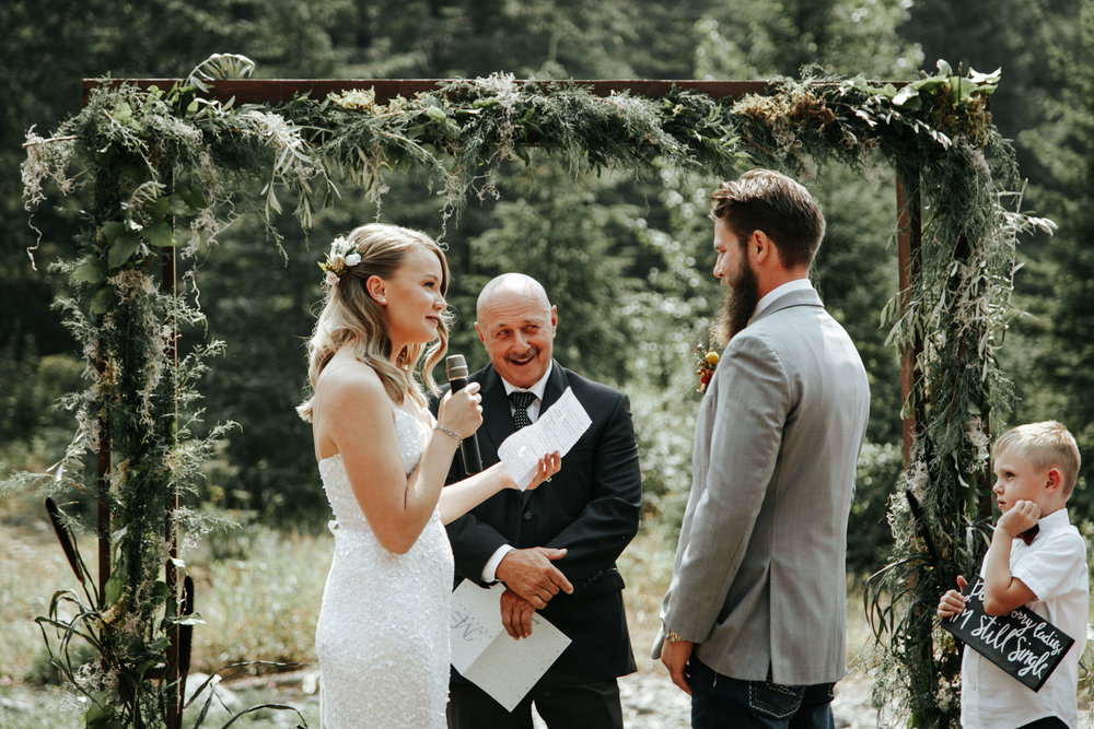 castle-mountain-wedding-photographer-love-and-be-loved-photography-lethbridge-pincher-creek-crowsnest-pass-yannick-rylee-photo-image-picture-73.jpg