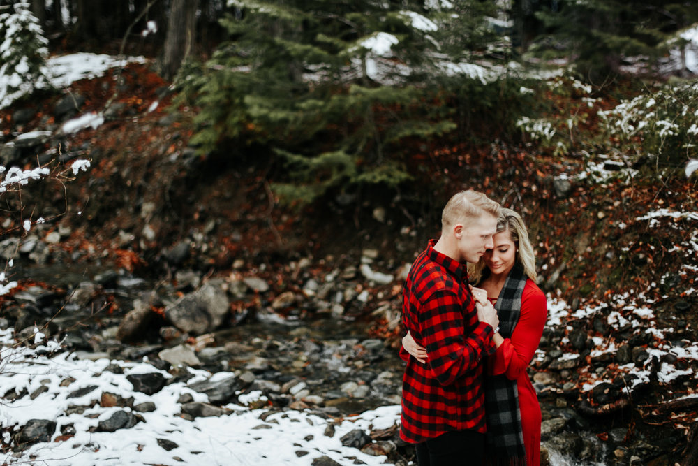 love-and-be-loved-photography-mountain-engagement-ashlyn-rob-perfect-fit-4-u-photo-image-picture-41.jpg