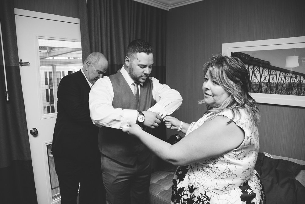 lethbridge-wedding-photographer-love-and-be-loved-photography-trent-danielle-galt-reception-picture-image-photo-15.jpg