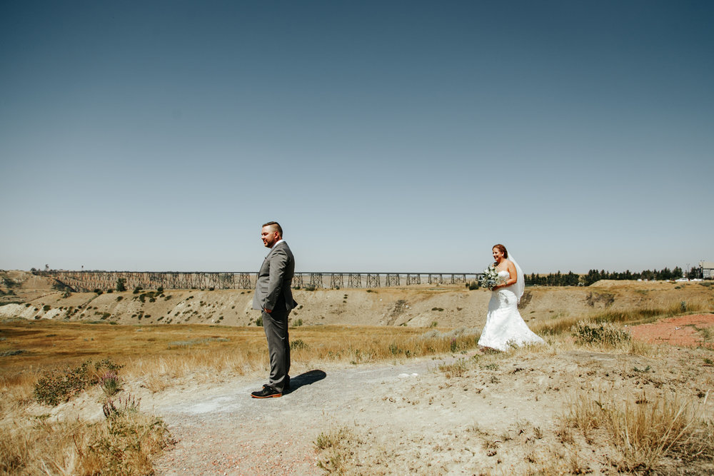 lethbridge-wedding-photographer-love-and-be-loved-photography-trent-danielle-galt-reception-picture-image-photo-24.jpg
