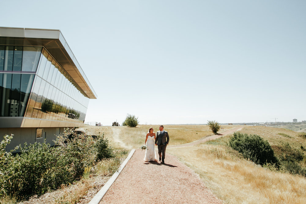 lethbridge-wedding-photographer-love-and-be-loved-photography-trent-danielle-galt-reception-picture-image-photo-28.jpg