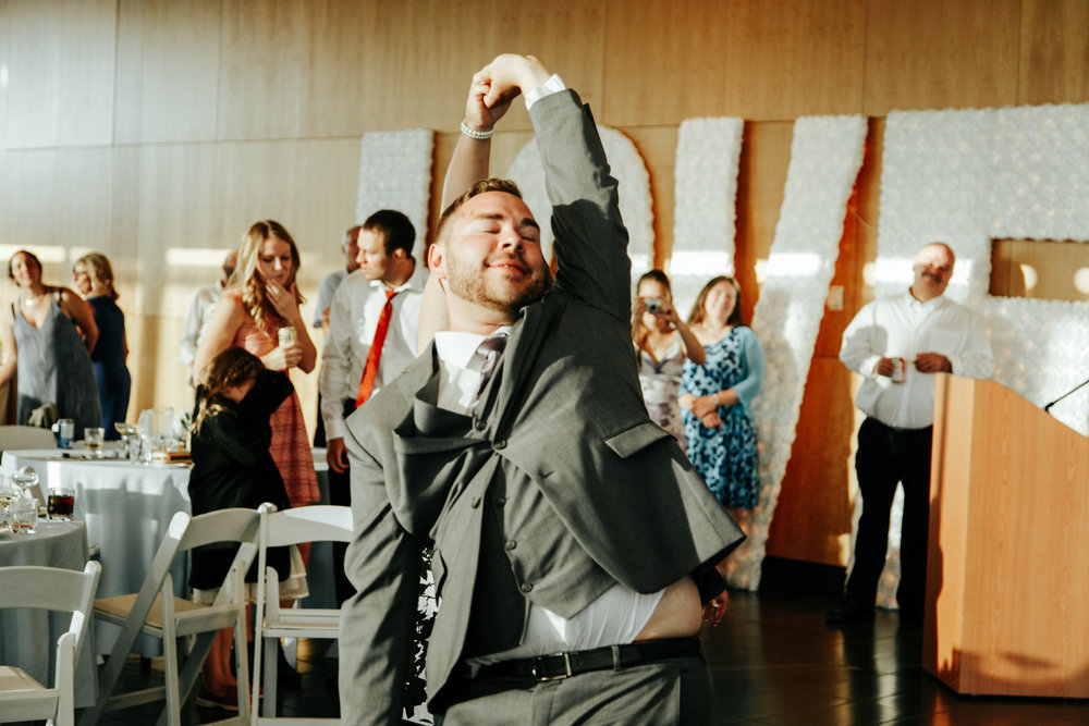 lethbridge-wedding-photographer-love-and-be-loved-photography-trent-danielle-galt-reception-picture-image-photo-209.jpg
