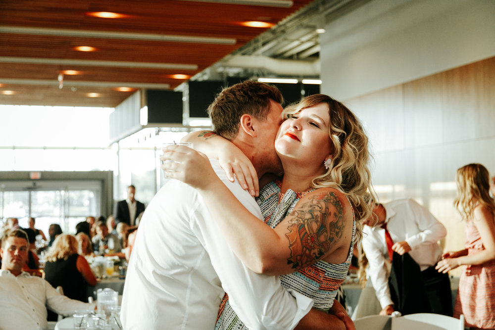 lethbridge-wedding-photographer-love-and-be-loved-photography-trent-danielle-galt-reception-picture-image-photo-212.jpg