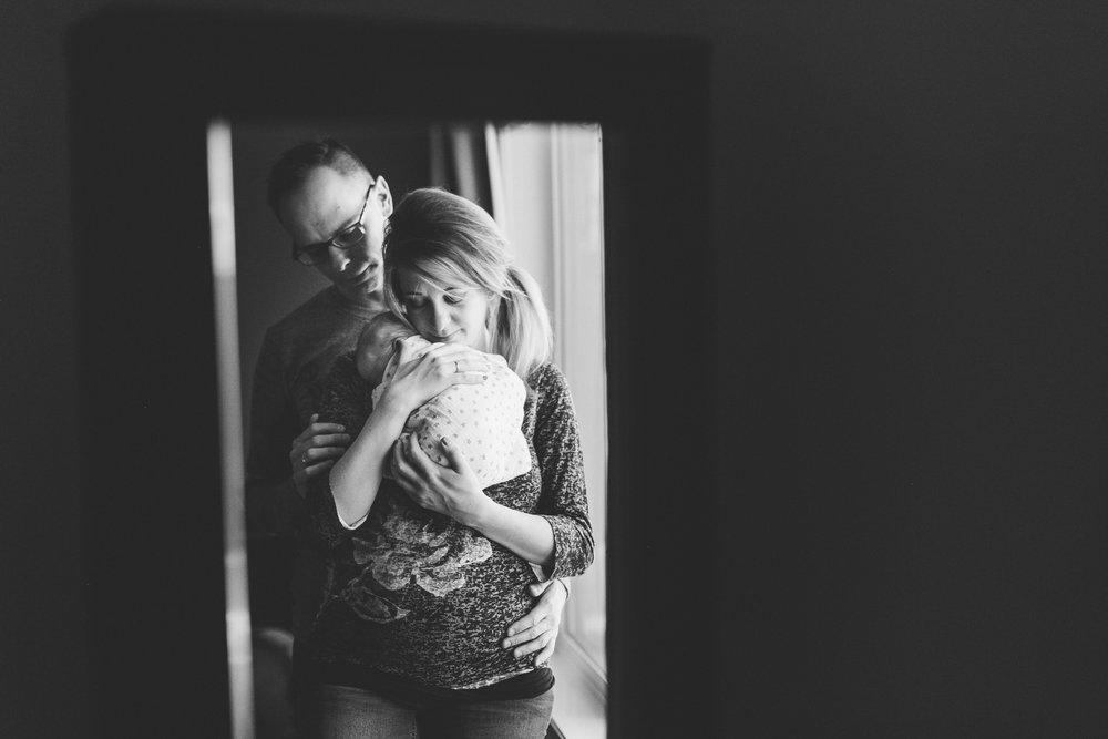 lethbridge-birth-photographer-love-and-be-loved-photography-mary-newborn-image-photo-picture-23.jpg