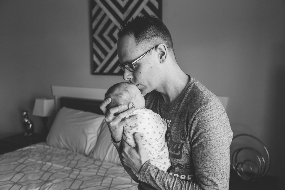lethbridge-birth-photographer-love-and-be-loved-photography-mary-newborn-image-photo-picture-33.jpg
