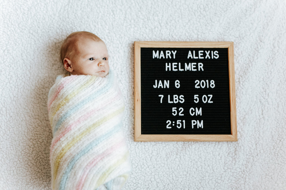lethbridge-birth-photographer-love-and-be-loved-photography-mary-newborn-image-photo-picture-40.jpg
