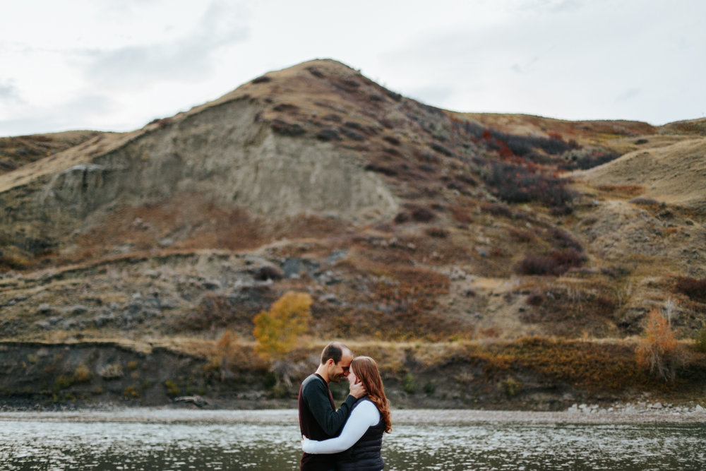 lethbridge-photographer-love-and-be-loved-photography-indian-battle-park-engagement-mike-carmel-photo-image-picture-44.jpg