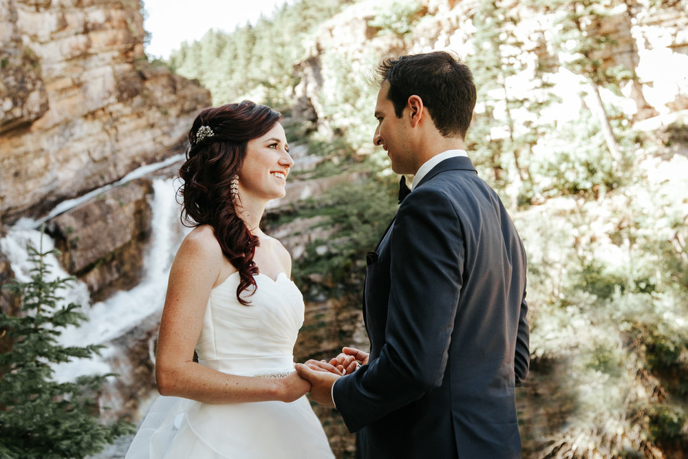 waterton-wedding-photographer-love-and-be-loved-photography-lethbridge-calgary-adam-jodie-image-picture-photo-106.jpg