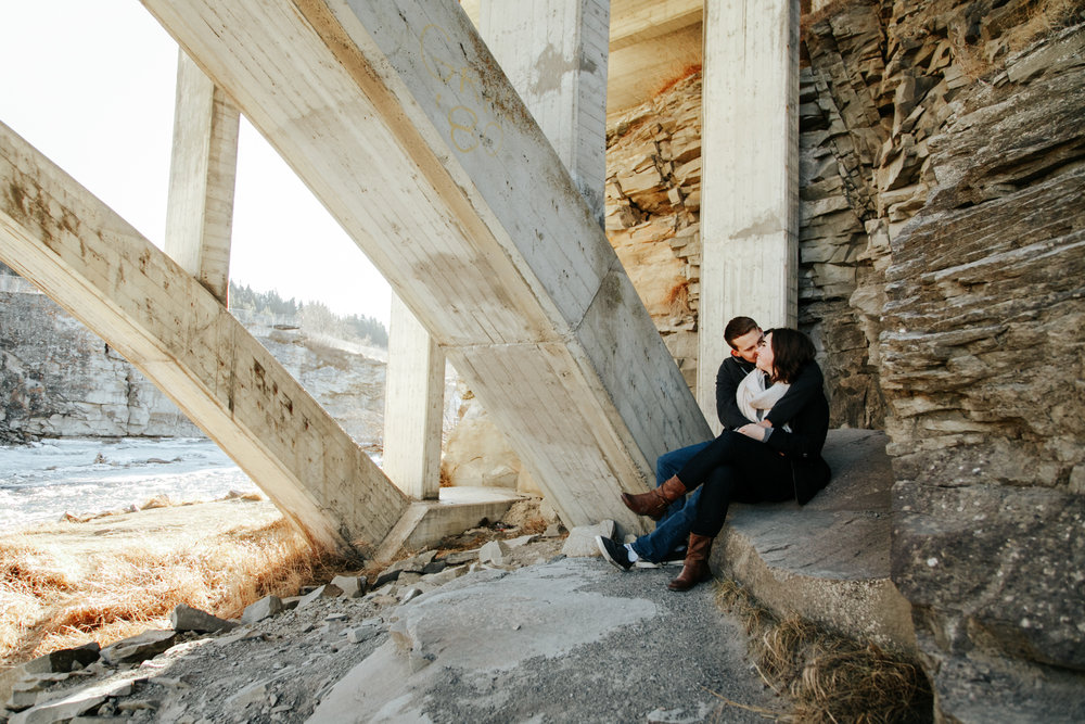 lethbridge-photographer-love-and-be-loved-photography-lundbreck-falls-engagement-clarissa-clayton-picture-image-photo--29.jpg