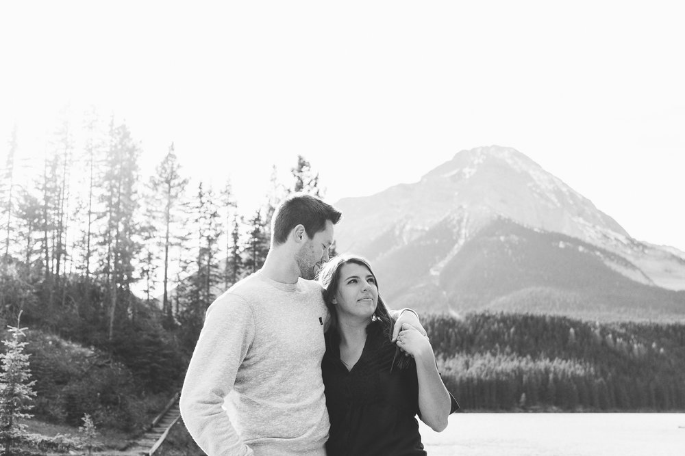 lethbridge-photographer-love-and-be-loved-photography-crowsnest-pass-engagement-andi-philip-picture-image-photo--12.jpg