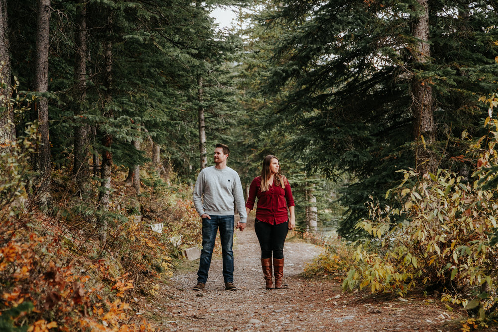lethbridge-photographer-love-and-be-loved-photography-crowsnest-pass-engagement-andi-philip-picture-image-photo--28.jpg