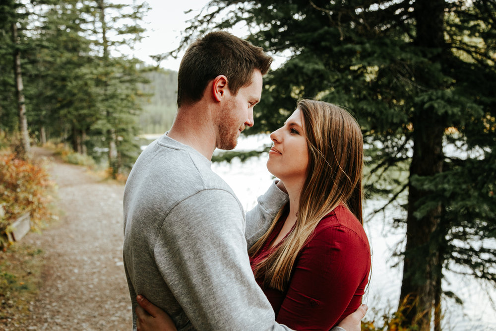 lethbridge-photographer-love-and-be-loved-photography-crowsnest-pass-engagement-andi-philip-picture-image-photo--29.jpg