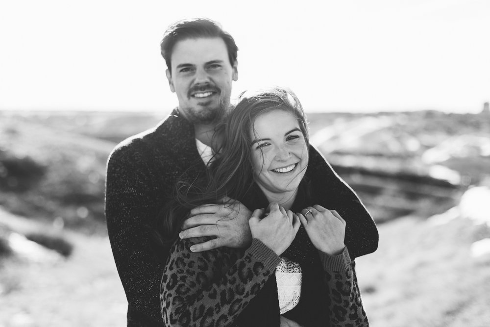 lethbridge-photographer-love-and-be-loved-photography-winter-engagement-emma-tanner-picture-image-photo-5.jpg