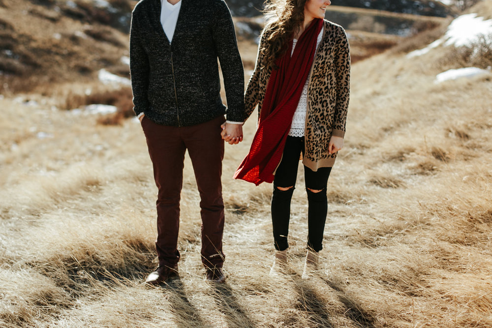lethbridge-photographer-love-and-be-loved-photography-winter-engagement-emma-tanner-picture-image-photo-11.jpg