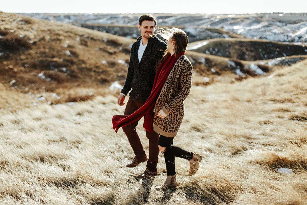 lethbridge-photographer-love-and-be-loved-photography-winter-engagement-emma-tanner-picture-image-photo-18.jpg