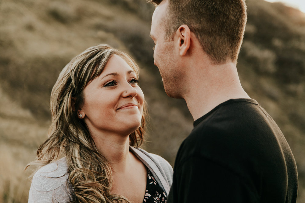 lethbridge-photographer-love-and-be-loved-photography-jessica-john-engagement-picture-image-photo-12.jpg