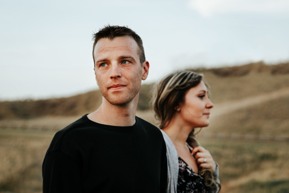 lethbridge-photographer-love-and-be-loved-photography-jessica-john-engagement-picture-image-photo-27.jpg
