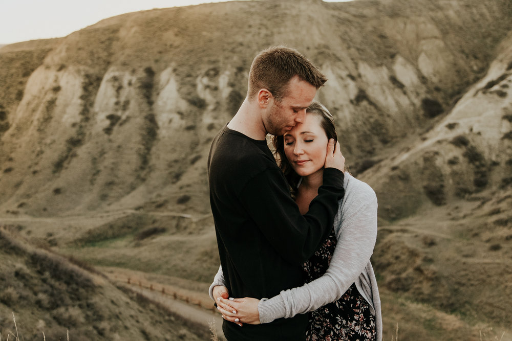 lethbridge-photographer-love-and-be-loved-photography-jessica-john-engagement-picture-image-photo-26.jpg