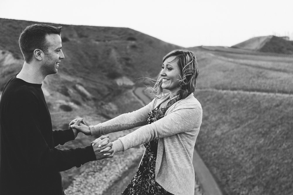 lethbridge-photographer-love-and-be-loved-photography-jessica-john-engagement-picture-image-photo-32.jpg